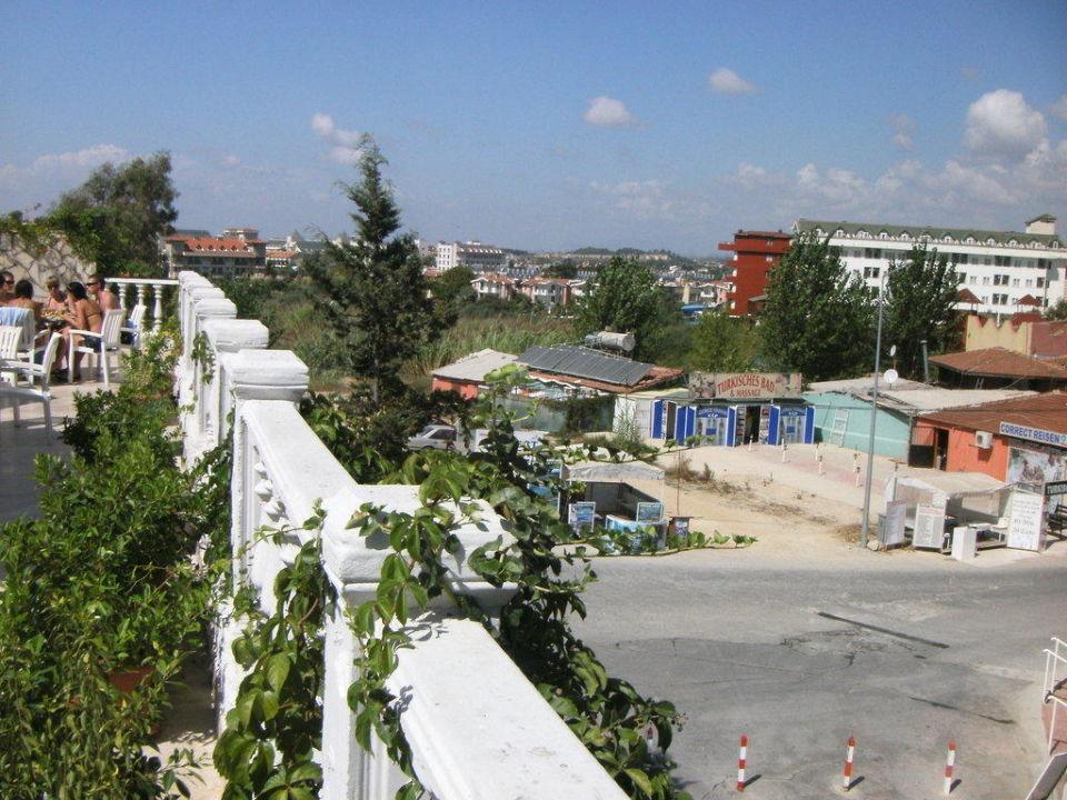 Ausblick Landseite Cesars Resort Side