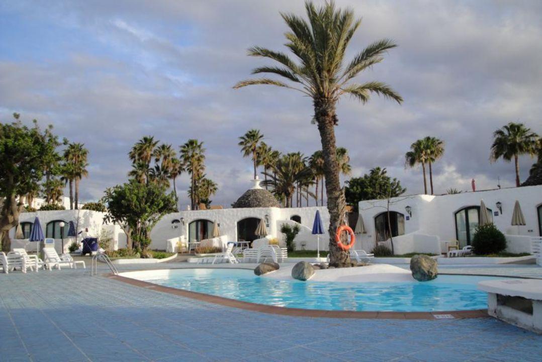 parque romatico b2 mur bungalows parque romantico gran canaria playa del ingles. Black Bedroom Furniture Sets. Home Design Ideas