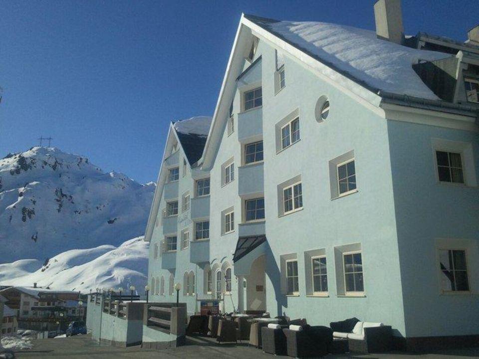 Alpenhotel bei Tag Alpenhotel St. Christoph