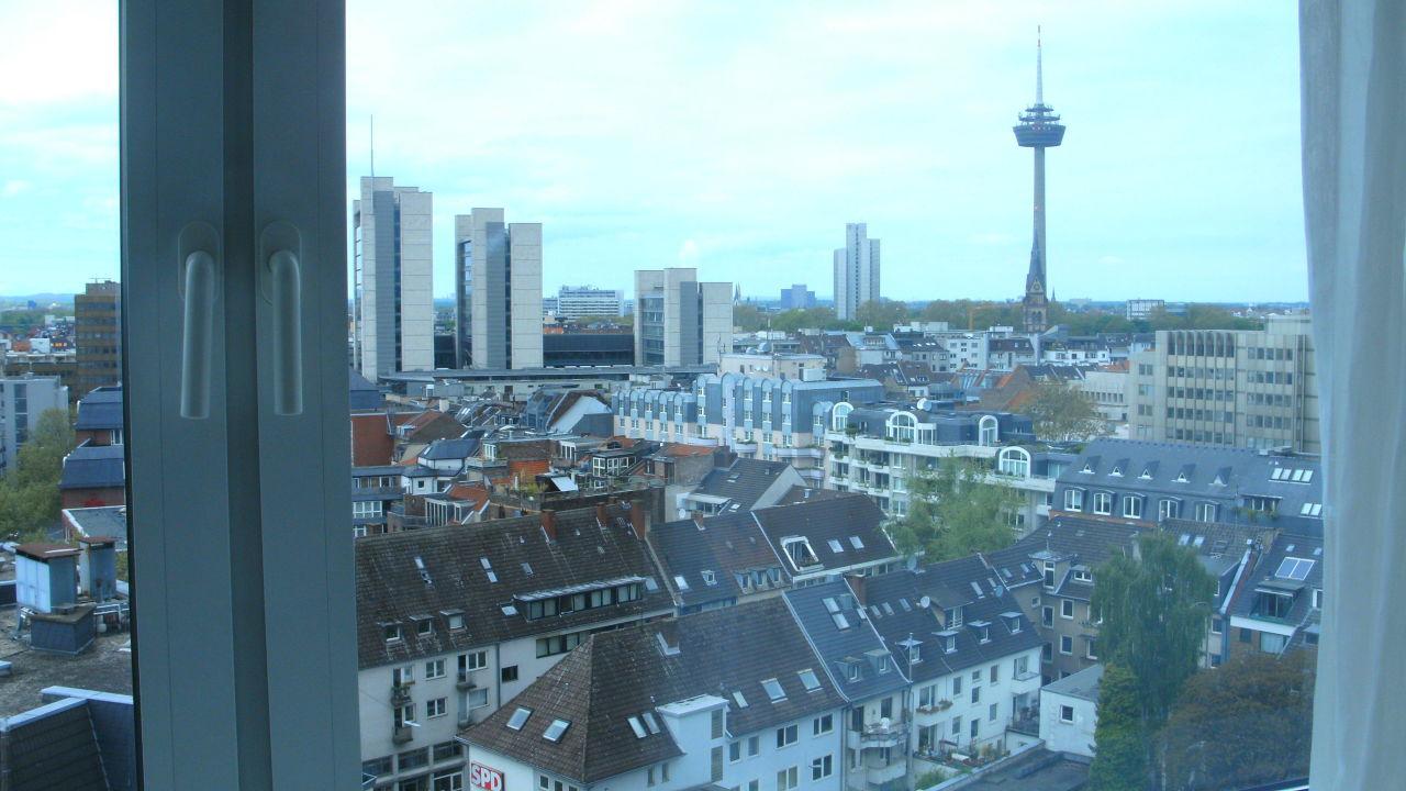 Blick aus dem 12. Stock! Hotel Pullman Cologne