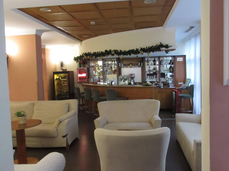 Lobby und Barbereich Hotel Mediterrán