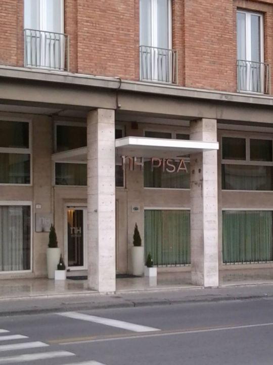 Удобный отель NH Pisa