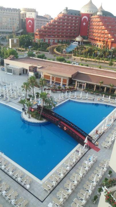 Pool Grand Park Lara Hotel