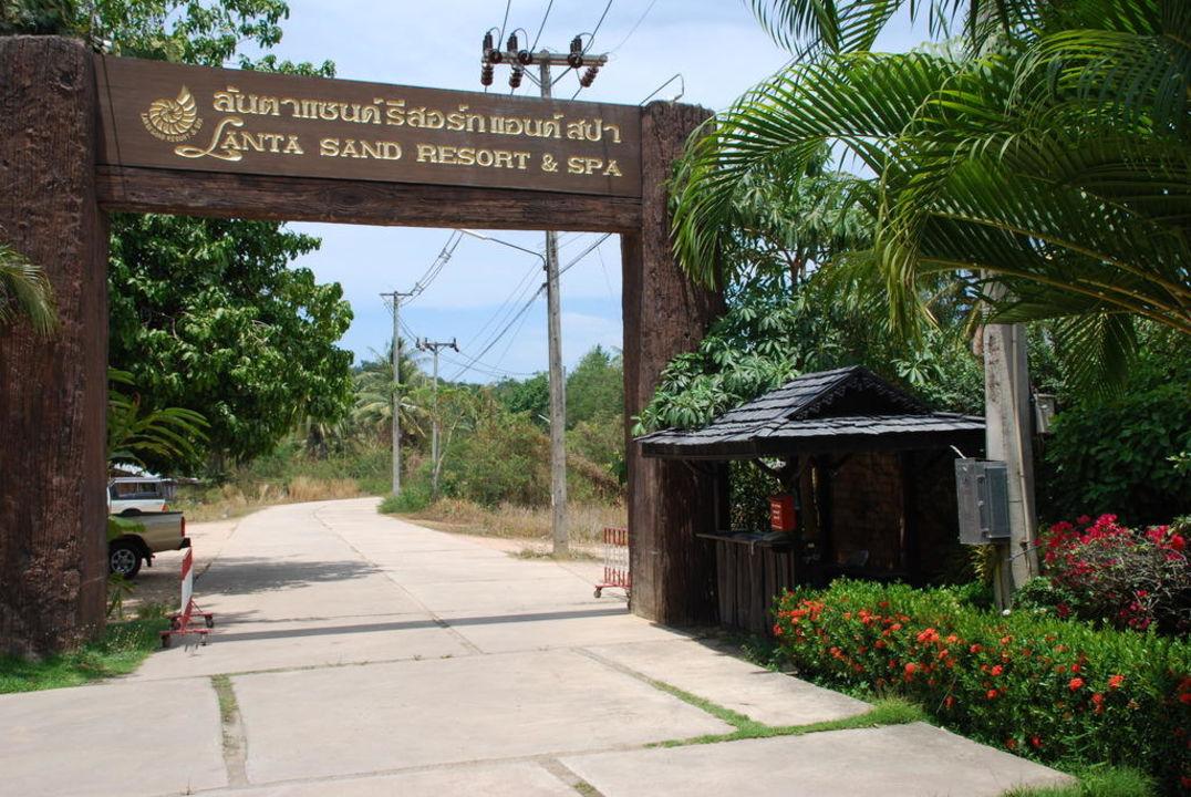 Das Tor! Hotel Lanta Sand Resort & Spa