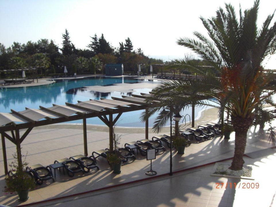 Pool Arcanus Side Resort