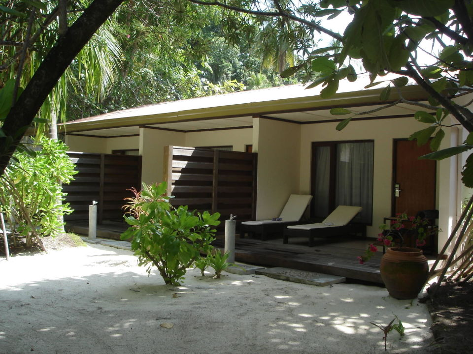 gartenbungalow kuramathi maldives rasdhoo. Black Bedroom Furniture Sets. Home Design Ideas