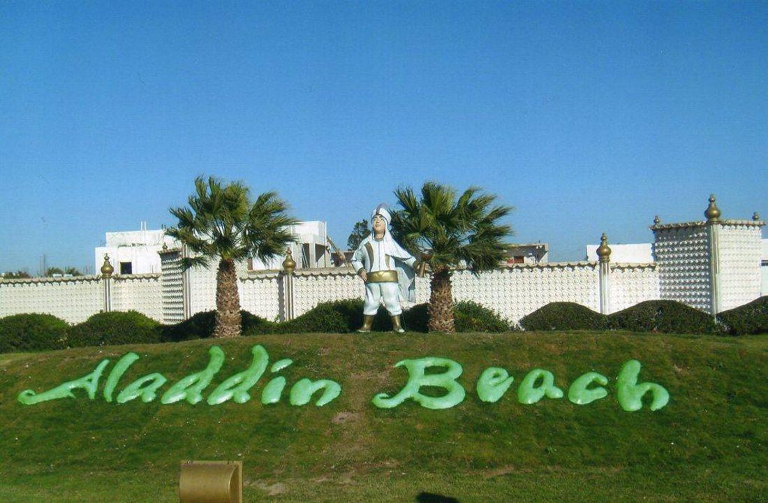 Auch außen ein echtes Schmuckstück Aladdin Beach Resort
