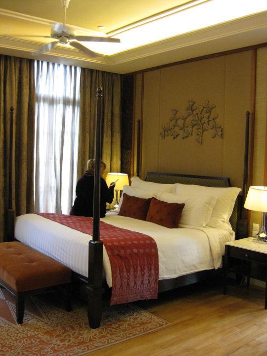king size bett hotel the danna langkawi burau bay teluk burau holidaycheck langkawi. Black Bedroom Furniture Sets. Home Design Ideas