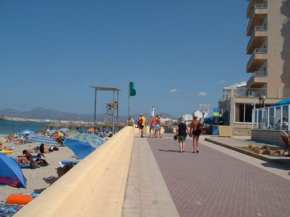 Strandpromenade und Hotel Gran Bahia Hotel & Apartments