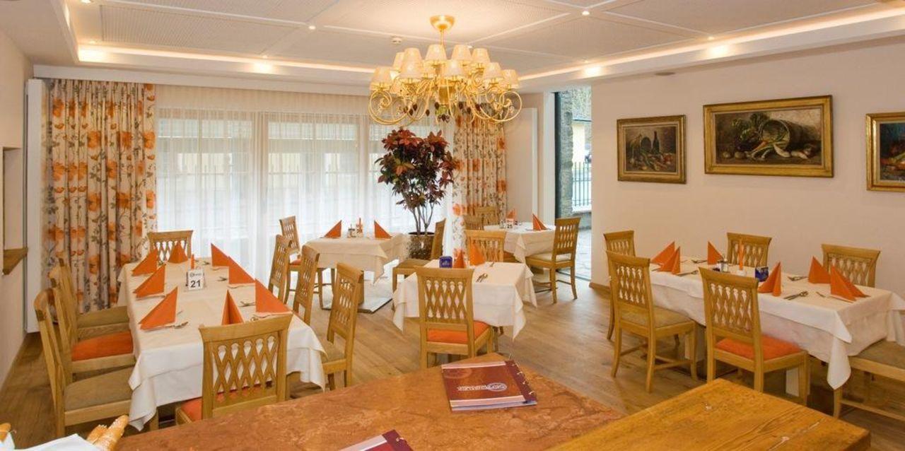 Frühstücksraum Das Salvator Iris Porsche Landhotel