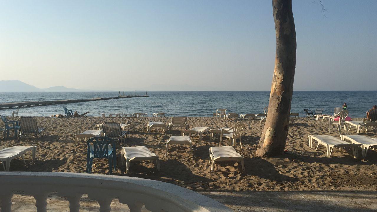 Hotel Attika Beach Hotel