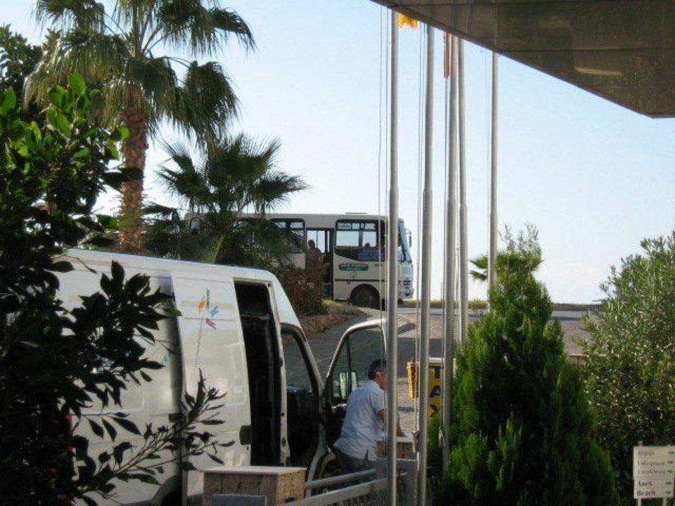 Dolmus Kemal Han Beach Hotel
