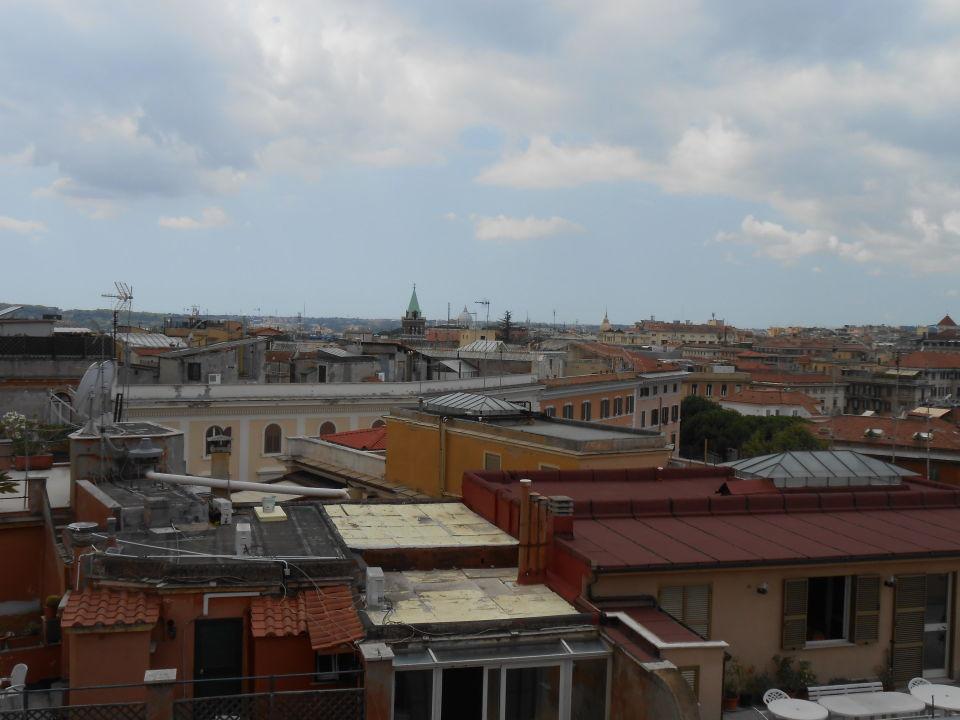 Ausblick von der Dachterrasse Marcella Royal Hotel