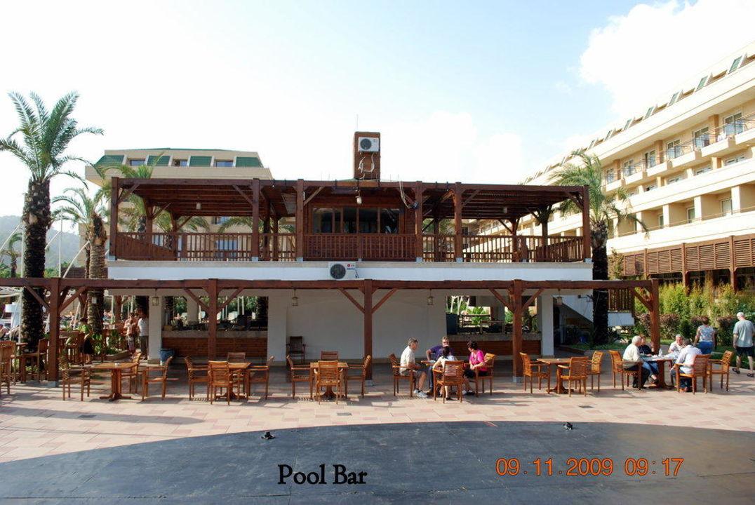Pool Bar Crystal De Luxe Resort & Spa