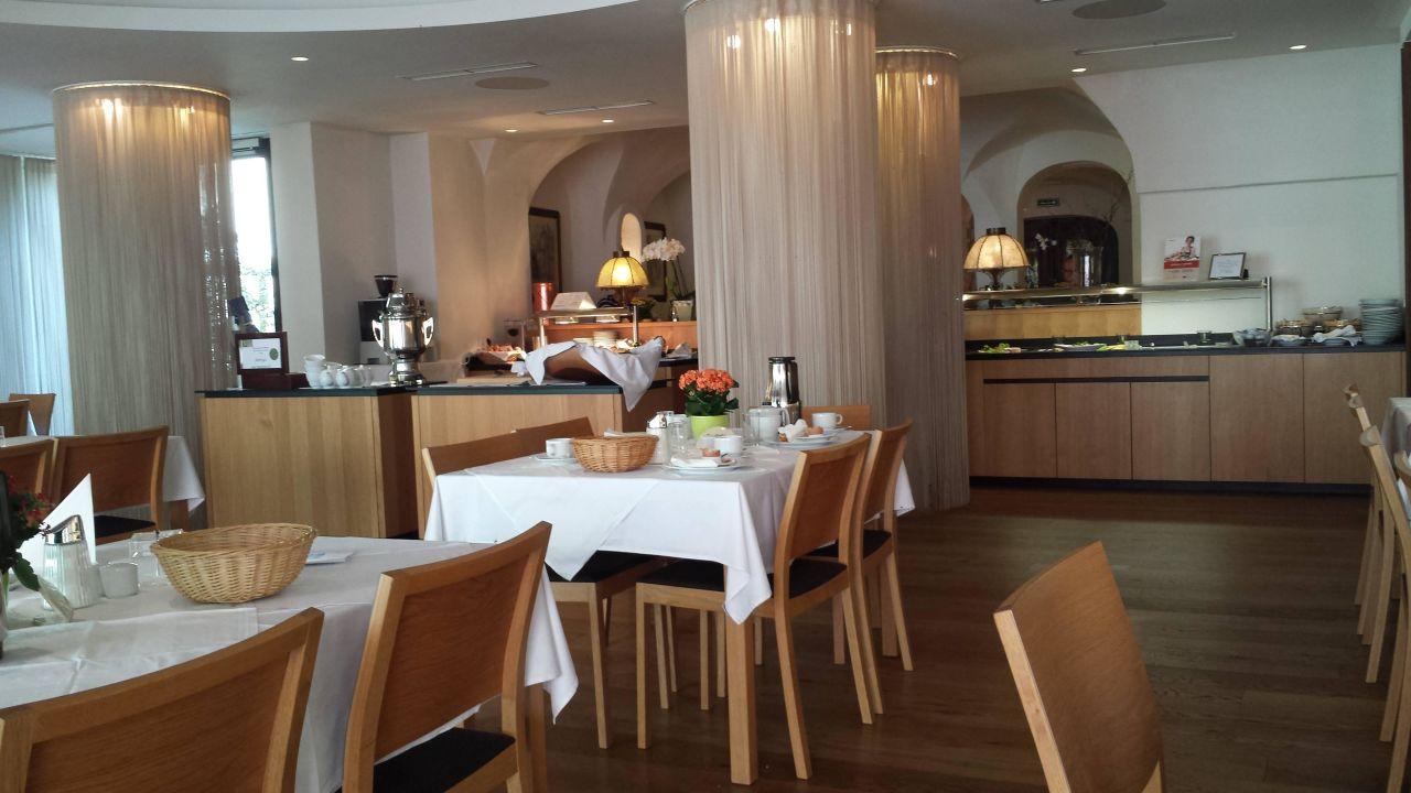 Schön eingerichtetes Restaurant Hotel Hinteregger