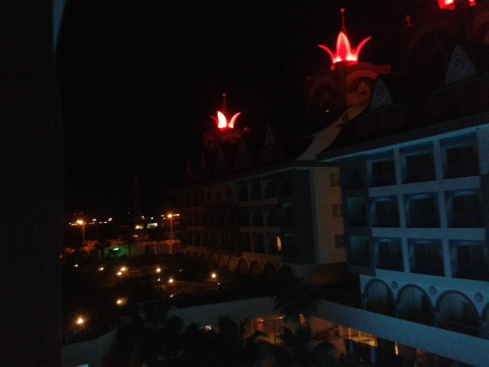 Krönchen und weitere Hotelbeleuchtung\