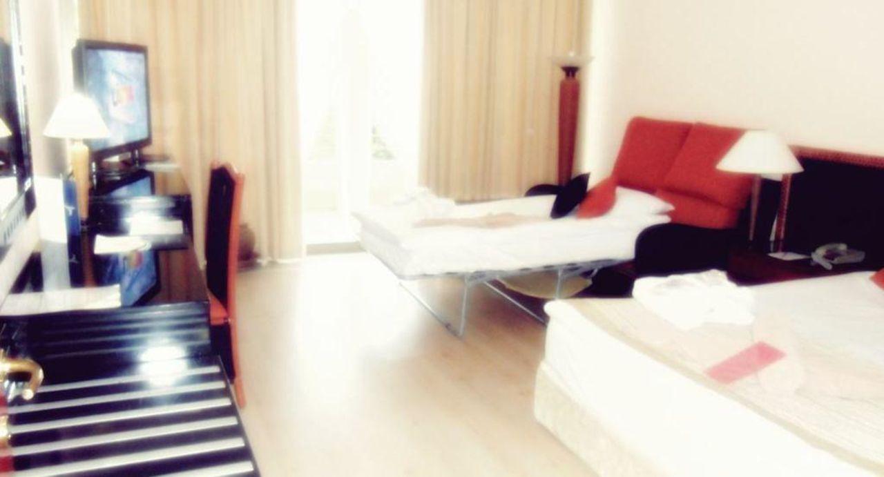 """schlafzimmer-suit"""" crystal sunrise queen luxury resort & spa in, Schlafzimmer entwurf"""