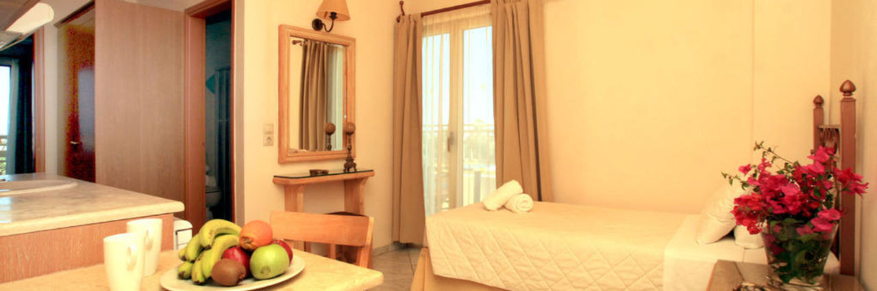 Room Socrates Hotel