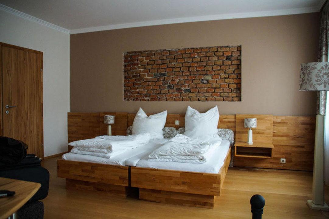 bett wand ihre inspiration zu hause. Black Bedroom Furniture Sets. Home Design Ideas
