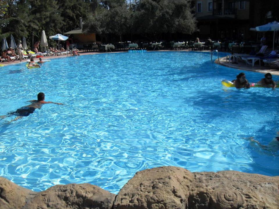 Oberer Pool Dosi Hotel