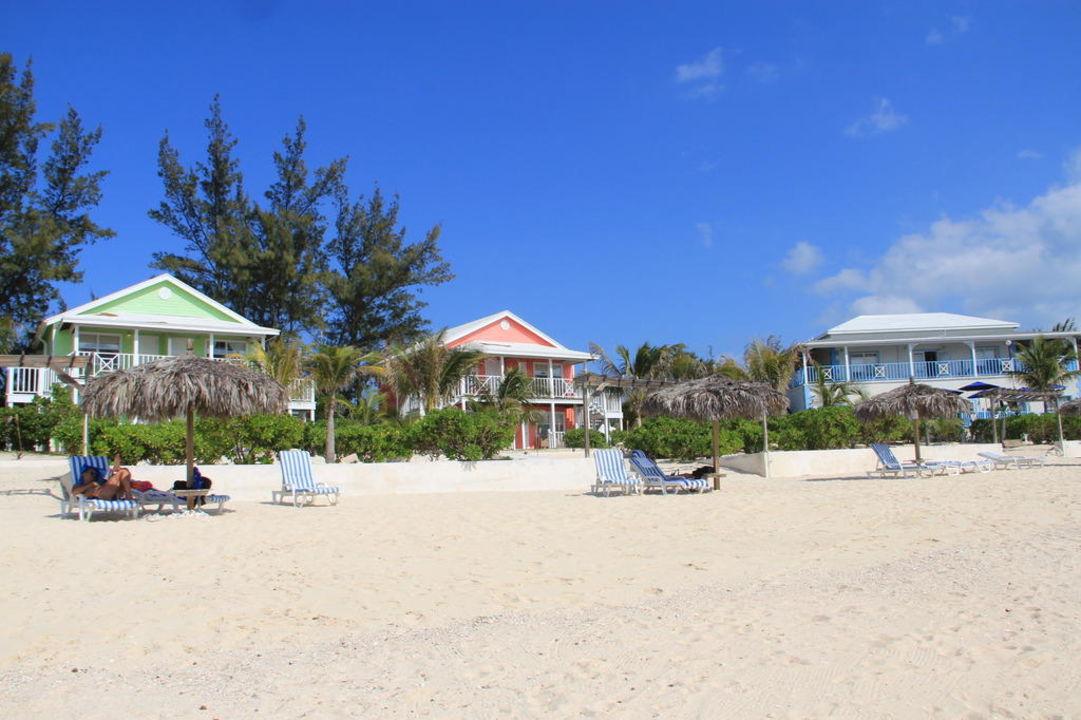 Zimmeraußenansicht mit Strand Hotel Cocodimama