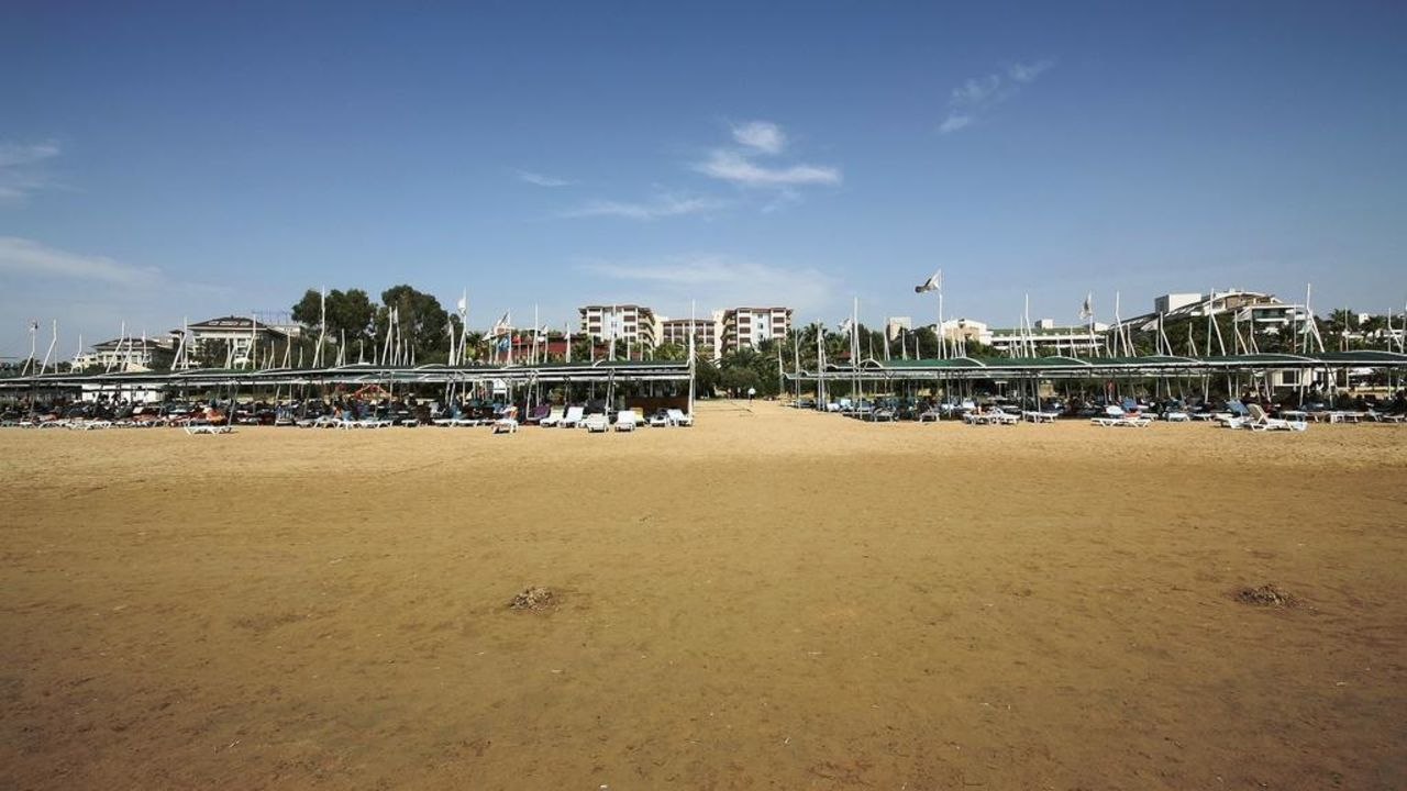 Strand mit Hotel Hotel Terrace Beach Resort