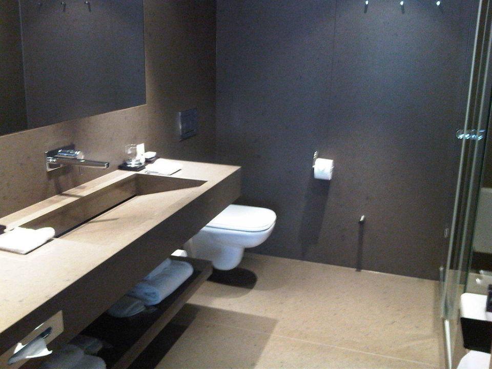 Stylisches Badezimmer\