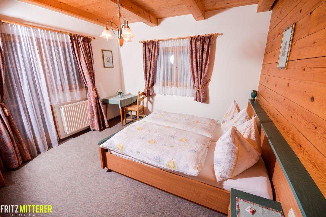 Schlafzimmer Vollholz Ferienwohnungen Mitterer Waidring - Schlafzimmer vollholz