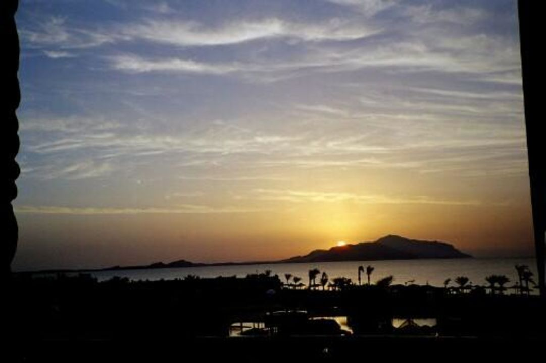 Sonnenaufgang TUI SENSATORI Resort Sharm el Sheikh