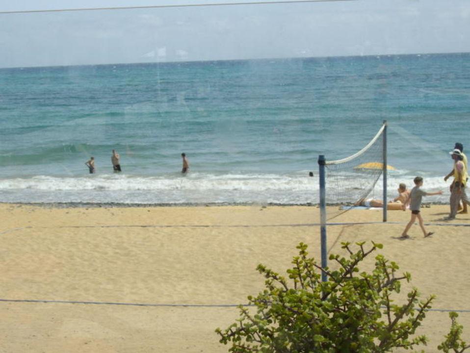 Blick vom Hotel zum Strand allsun Hotel Barlovento