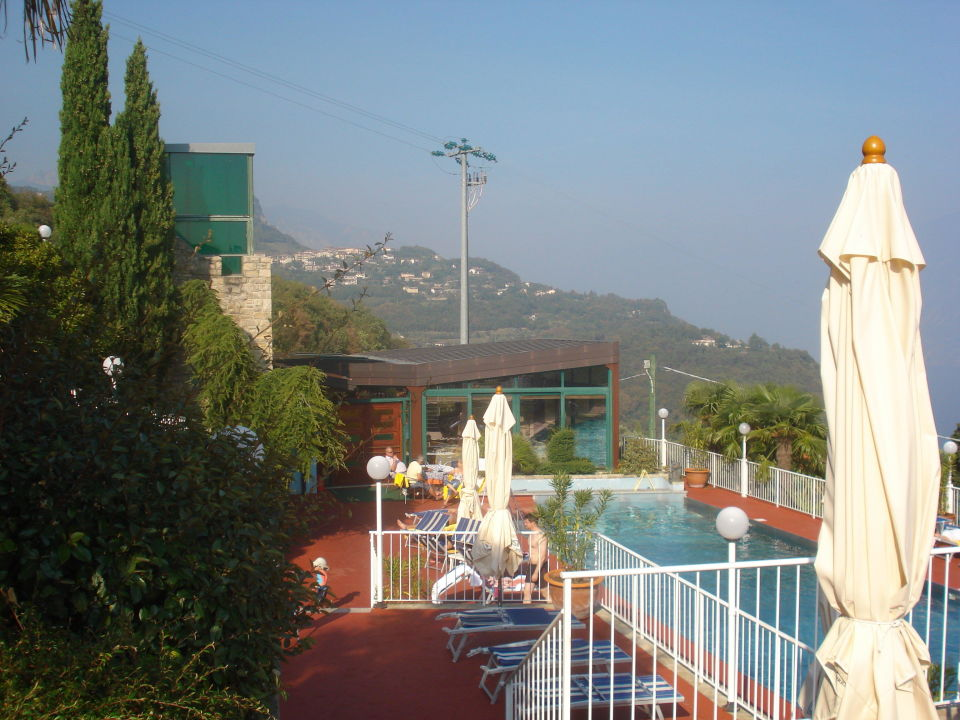 Bild garten pool und restaurant zu hotel residence for Garten pool 4m