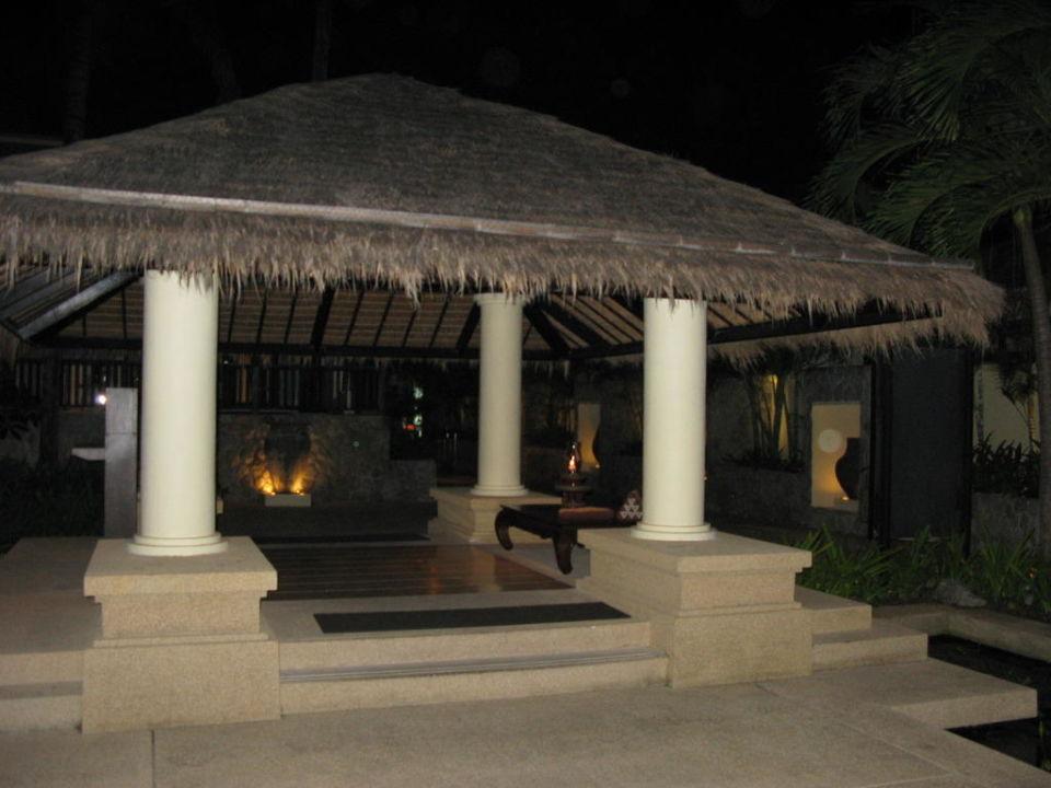Территория отеля Impiana Resort Patong