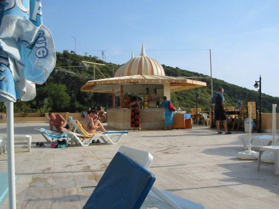 Poolbar Alkoçlar Adakule Hotel