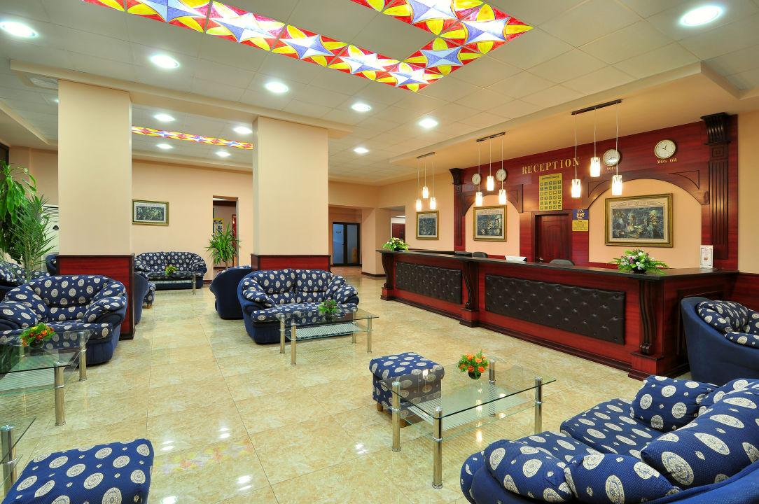 Lobby Hotel Paradise Green Park