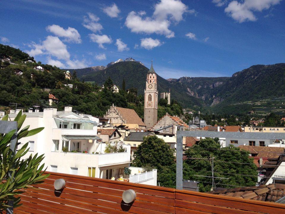 Blick von der dachterrasse boutique design hotel for Art design boutique hotel imperialart