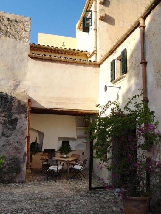 Innenhof Refugio Son Pons