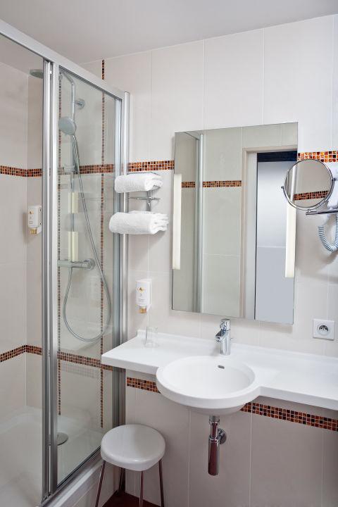 Chambre Confort salle de bain\