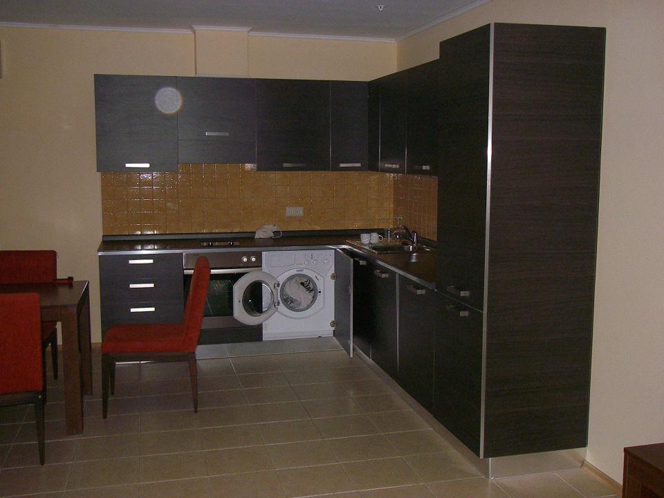 k che mit waschmaschine sunset resort pomorie. Black Bedroom Furniture Sets. Home Design Ideas