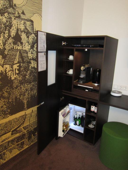 Kaffee-, Tee- & Minibar Wohnzimmer\
