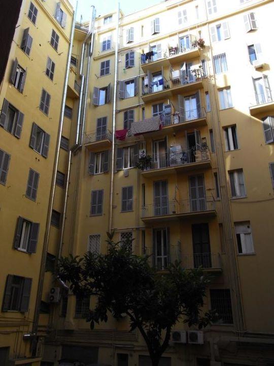 Ausblick Innenhof Hotel A Casa Di Penelope