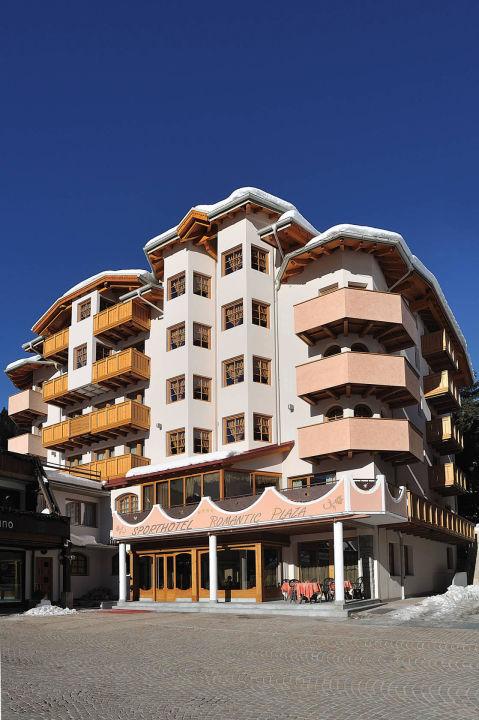 Esterno hotel Sporthotel Romantic Plaza