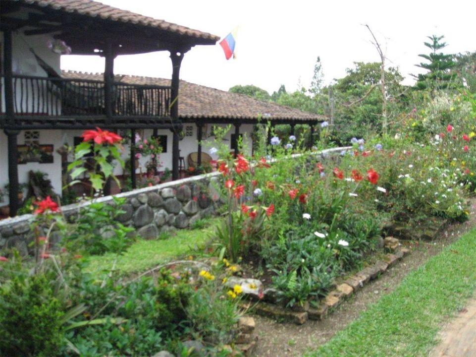 Blick auf das Haupthaus Hacienda Anacaona