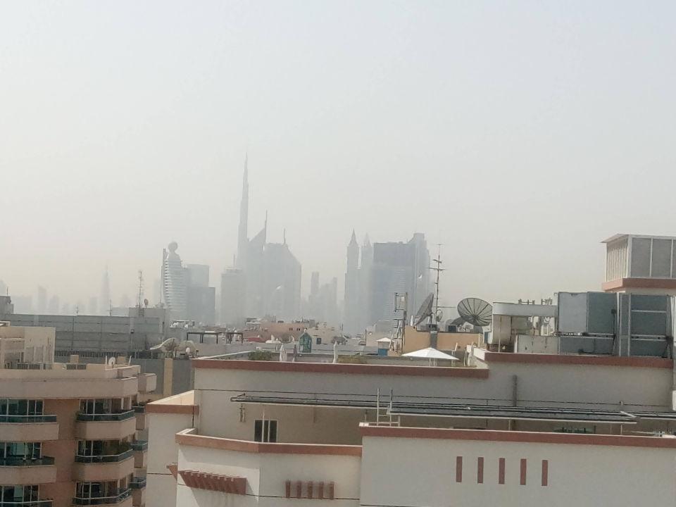 Über den Dächern von Dubai Hotel Grand Midwest