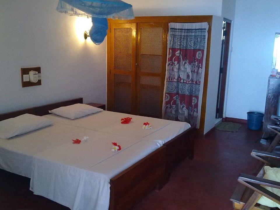 Im Zimmer 17 Hotel Ypsilon / Ypsylon