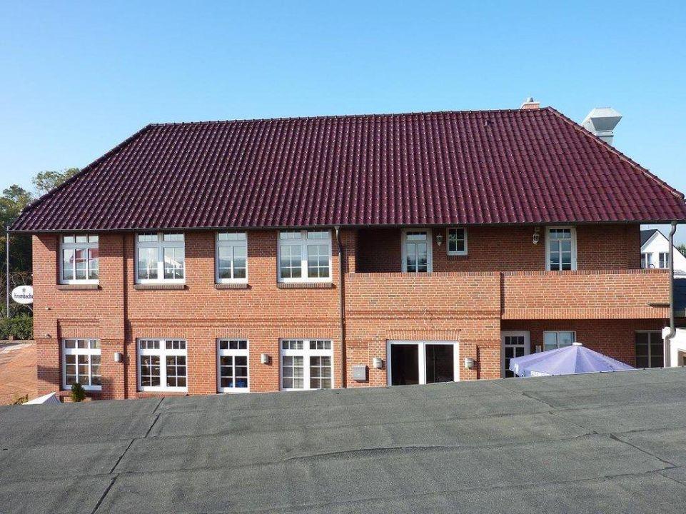 Seitenansicht Gästehaus Fährhaus Fehmarnsund