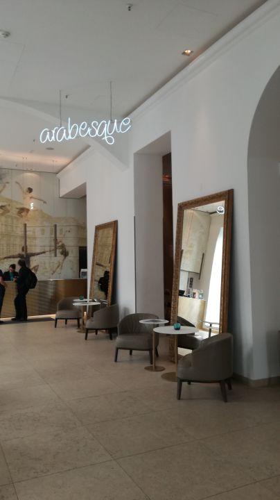 Lobby Motel One Wien-Staatsoper