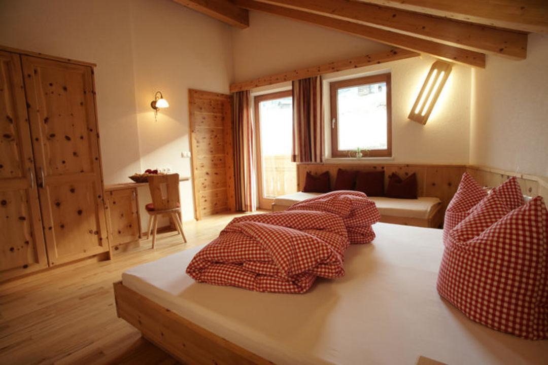 Schlafzimmer Aus Zirbenholz Gemütlich Und Gesund Kinderbauernhof