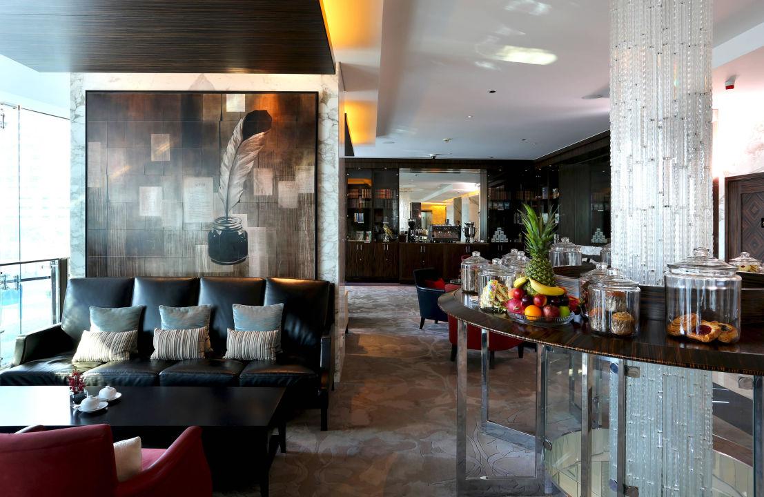 The Authors' Lounge Hotel Bonnington Jumeirah Lakes Towers