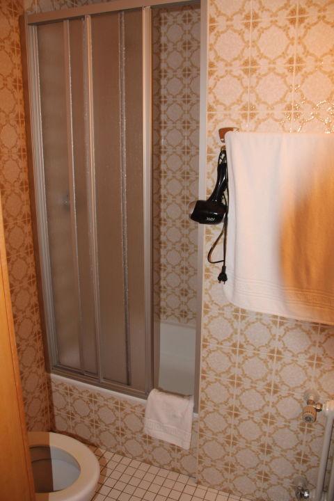 """badezimmer 70er"""" kneipp kurhotel emilie in bad wörishofen, Badezimmer ideen"""