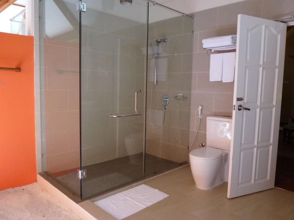 Neue Dusche Im Offenen Bad Hotel Vakarufalhi Island Resort
